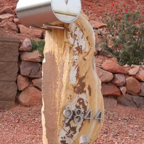 custom-mailbox-sculpture-by-russell-marohnic